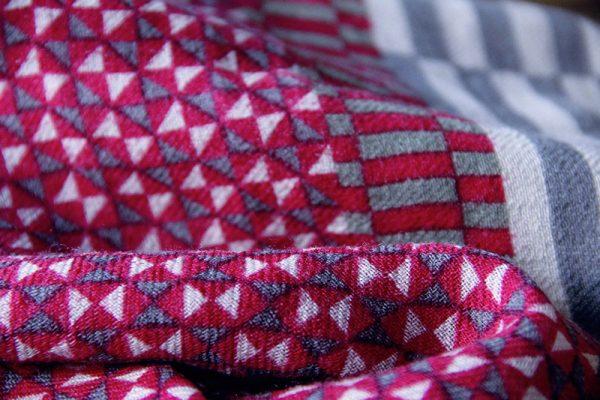 echarpe-laine-arpenteur-rouge-1